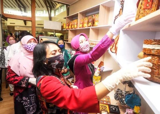 Nusabali.com - kriya-umkm-hasil-karya-perempuan