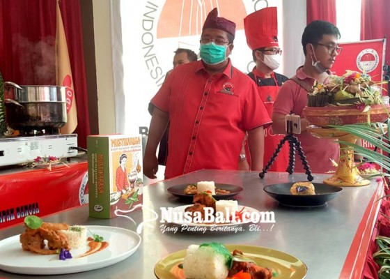 Nusabali.com - gandeng-ica-pdip-buleleng-demo-masak-resep-bung-karno
