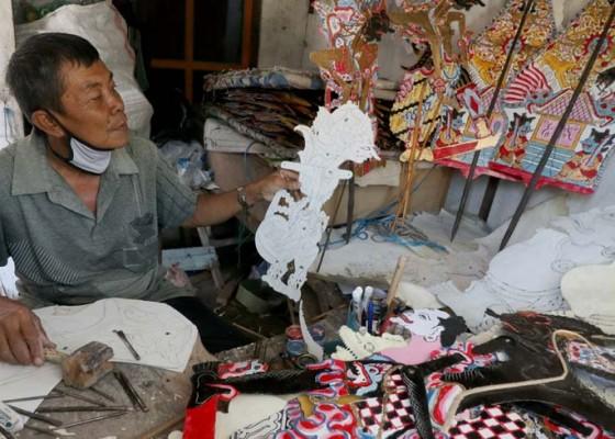 Nusabali.com - produksi-wayang-karton