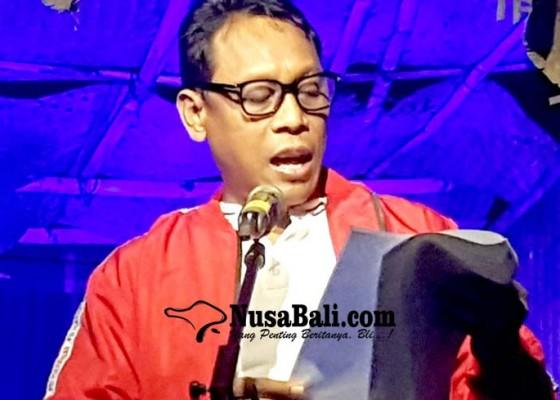 Nusabali.com - seniman-dokter-hingga-politisi-baca-puisi-bung-karno-di-buleleng