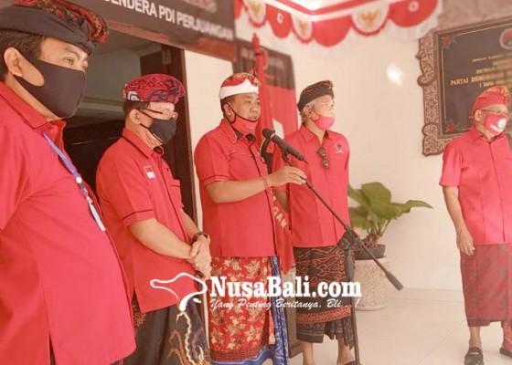 Nusabali.com - koster-bakar-bendera-pdip-lecehkan-mega