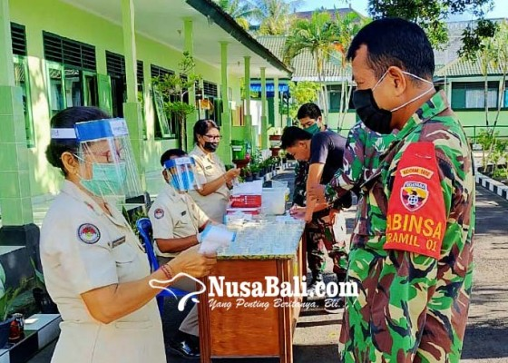 Nusabali.com - perangi-narkoba-personel-kodim-klungkung-ditest-urine