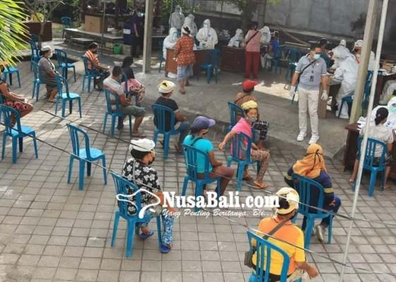 Nusabali.com - puluhan-pedagang-enggan-dirapid-test