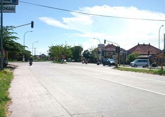 Nusabali.com - traffic-light-padam-picu-lakalantas