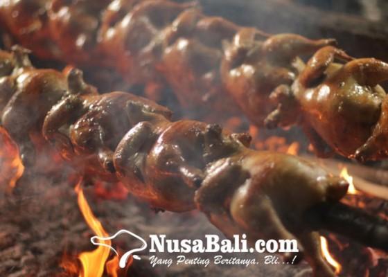 Nusabali.com - kuliner-bali-ayam-guling-rm-suweca-diminati-hingga-ke-pelosok-bali