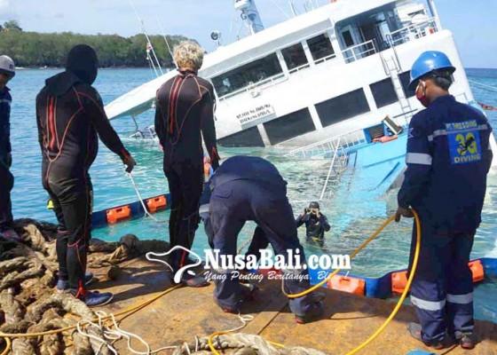 Nusabali.com - evakuasi-kendaraan-penyelam-kerja-11-jam