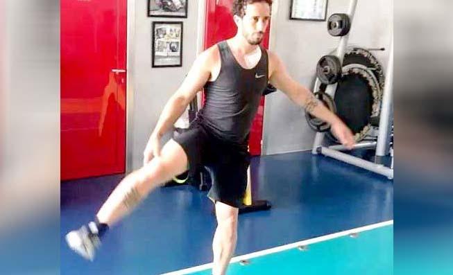 www.nusabali.com-usai-operasi-dovizioso-langsung-latihan-di-gym