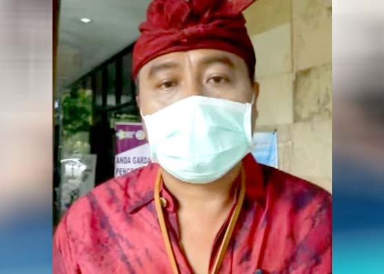 Nusabali.com - selain-puisi-tim-medis-juga-disemangati-lewat-lagu