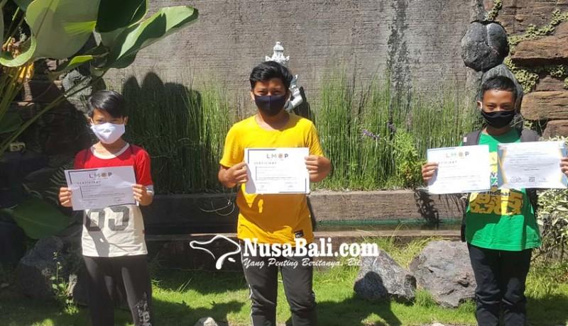 www.nusabali.com-siswa-smpn-4-singaraja-borong-medali-lomba-matematika-online-pandemi