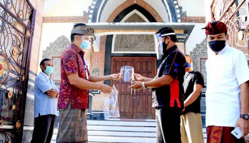 www.nusabali.com-wabup-kembang-cek-kesiapan-new-normal-di-gereja