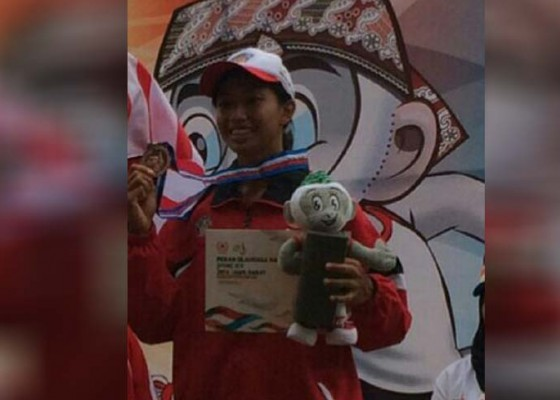 Nusabali.com - kadek-hendarwati-buka-kran-medali
