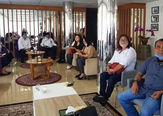 Nusabali.com - pandemi-covid-19-anggota-dprd-tabanan-kunker-ke-banyuwangi