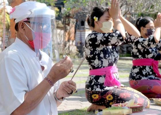 Nusabali.com - persiapan-protokol-kesehatan-di-pura
