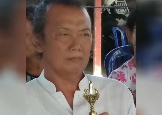 Nusabali.com - pamangku-ditemukan-tewas-mengambang-di-telaga-pura