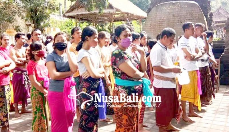 www.nusabali.com-pamedek-di-pura-tirta-empul-dan-sebatu-tertib