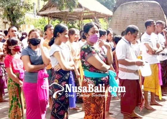 Nusabali.com - pamedek-di-pura-tirta-empul-dan-sebatu-tertib