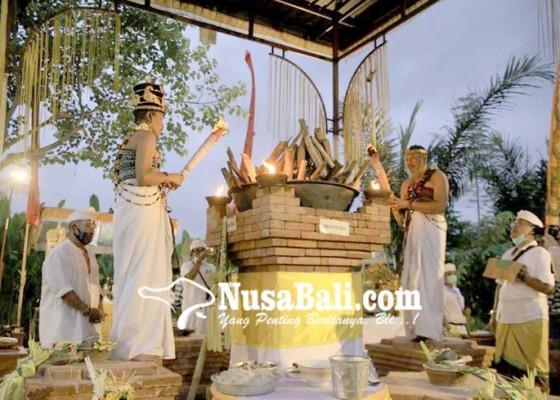 Nusabali.com - taati-protokol-kesehatan-covid-19