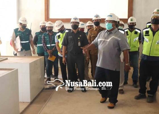 Nusabali.com - bupati-buleleng-cek-progres-pengerjaan-pasar-banyuasri