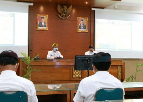 Nusabali.com - pemkab-klungkung-gelar-apel-virtual