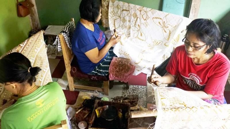 www.nusabali.com-batik-tulis-taman-lumbini