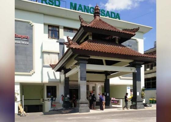 Nusabali.com - ruang-perawatan-pasien-covid-19-di-rsd-mangusada-kekurangan-bed
