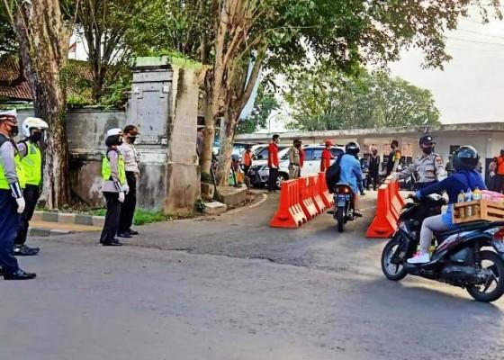 Nusabali.com - mulai-hari-ini-tak-pakai-masker-dilarang-masuk-pasar