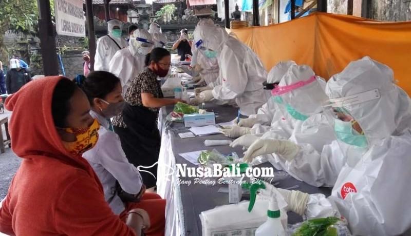 www.nusabali.com-575-pedagang-di-pasar-kidul-bangli-jalani-rapid-test-84-reaktif