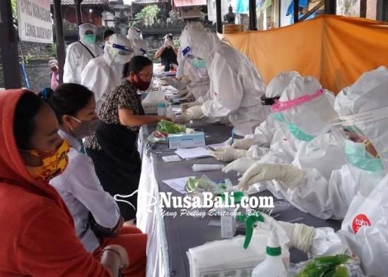 Nusabali.com - 575-pedagang-di-pasar-kidul-bangli-jalani-rapid-test-84-reaktif