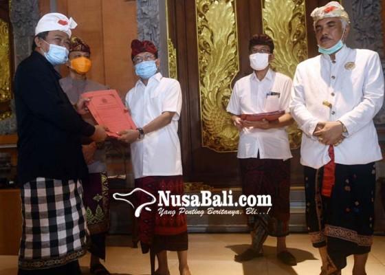Nusabali.com - desa-adat-kompak-berlakukan-perarem-covid-19