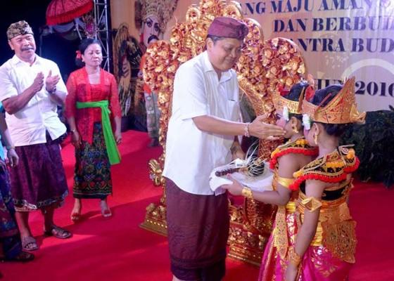 Nusabali.com - desa-ubung-kaja-gelar-pentas-budaya