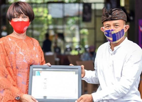 Nusabali.com - the-one-legian-raih-sertifikat-pertama