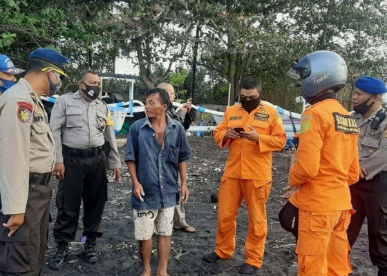 Nusabali.com - nelayan-bunutan-terdampar-di-nusa-penida
