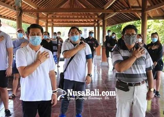 Nusabali.com - usai-karantina-25-pmi-di-klungkung-dipulangkan