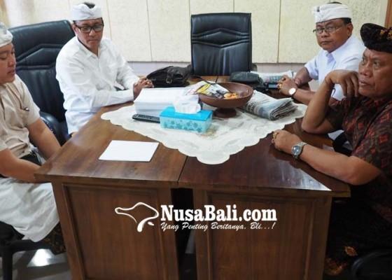 Nusabali.com - anggota-dprd-klungkung-dilaporkan-ke-polda-bali