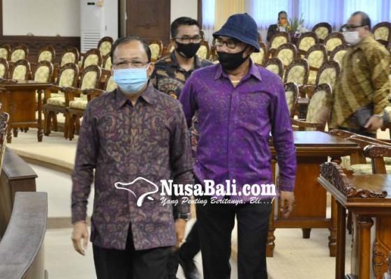 Nusabali.com - gubernur-koster-minta-kadisdikpora-akomodir-siswa-tercecer