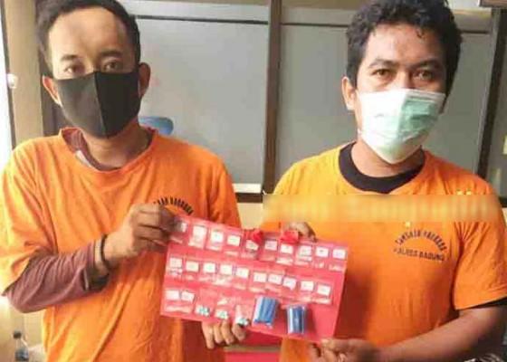 Nusabali.com - usai-nempel-narkoba-dua-pengedar-dijuk