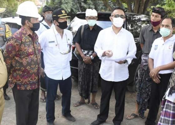 Nusabali.com - wawali-jaya-negara-tinjau-pembangunan-fisik-smpn-14-denpasar