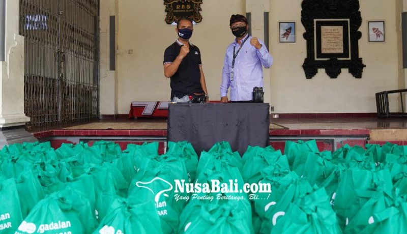 www.nusabali.com-pegadaian-salurkan-100-paket-bahan-pokok