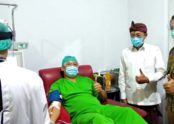 Nusabali.com - gelar-donor-plasma-konvalensen-perdana-untuk-terapi-pasien-corona