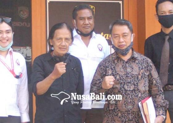 Nusabali.com - wartawan-korban-mafia-tanah-kembali-diperiksa-polda