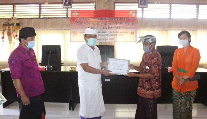 www.nusabali.com-9-koperasi-di-bangli-terima-penghargaan
