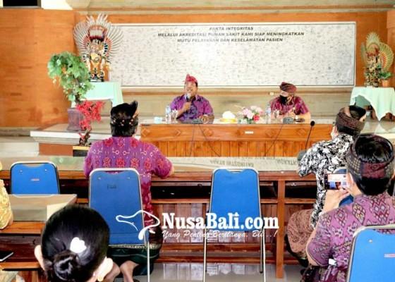 Nusabali.com - bupati-pas-rapatkan-direksi-pasca-mutasi-dirut-rsud-buleleng