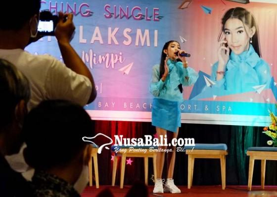 Nusabali.com - intan-laksmi-rilis-meraih-mimpi
