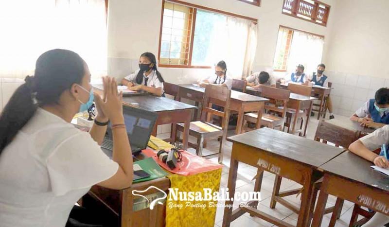 www.nusabali.com-sma-pgri-hadirkan-siswa-baru