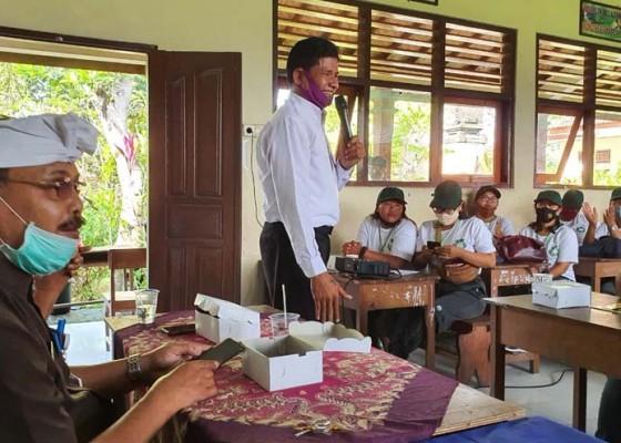 Nusabali.com - desa-keramas-kukuhkan-kader-kebersihan