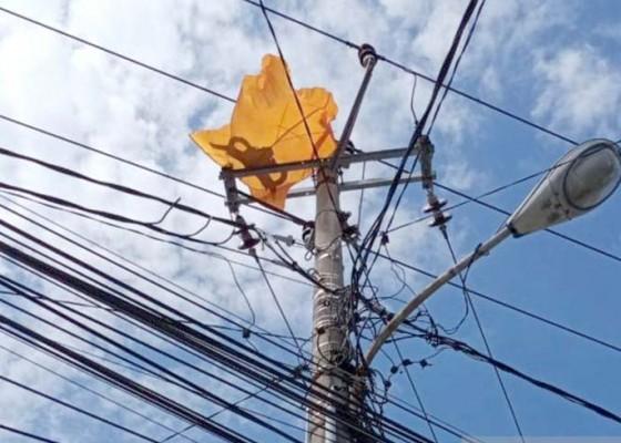 Nusabali.com - 74-kali-listrik-padam-karena-layang-layang