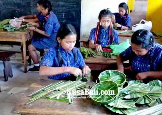Nusabali.com - siswa-smp-satap-kesulitan-belajar-online