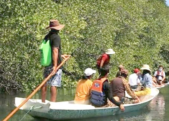Nusabali.com - kunjungan-wisatawan-di-nusa-penida-masih-sepi