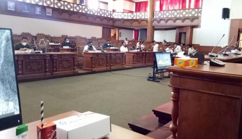 www.nusabali.com-rapat-sempat-tegang-anggota-banggar-pertanyakan-hibah-formi-rp-15-miliar