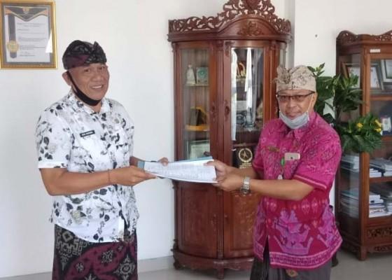Nusabali.com - wakil-direktur-sdm-rsud-buleleng-jadi-pendaftar-pertama-lelang-jabatan